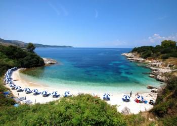Горящий тур в Грецию, остров Корфу, вылет из Варшавы, от 311 евро с человека