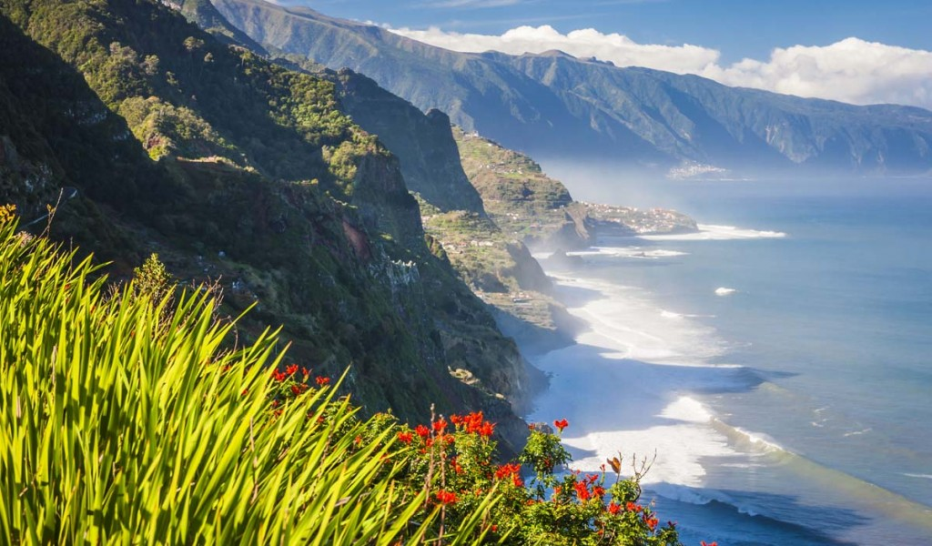Горящий тур на остров Мадейра, Португалия. Стоимость от 315 евро с человека